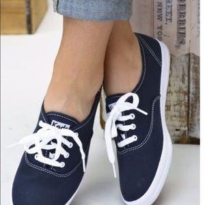 Kids Originals navy blue sneakers